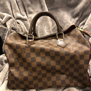 Authentic Damier Speedy 30